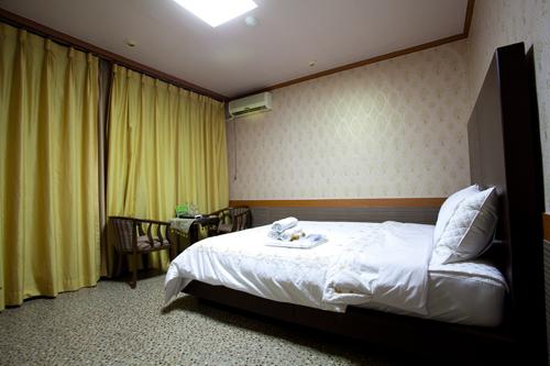 Hotel Sebin (세빈호텔)