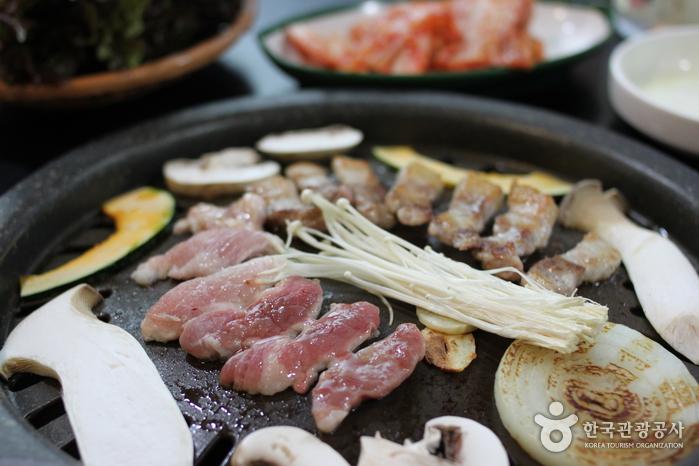 삼김(三金)
