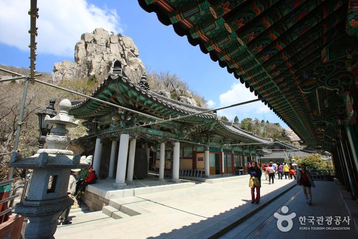 Tempel Geumsan Boriam (금산 보리암)