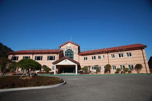 Yeonggwang Country Club Golftel - Goodstay (영광 컨트리 클럽 [우수숙박시설 굿스테이])