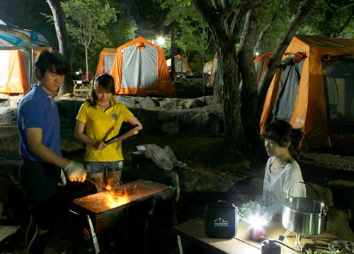 """""""텐트가 없어서 캠핑을 못한다고요?"""""""