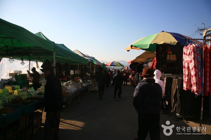 모란장 / 모란민속시장 (4, 9일)