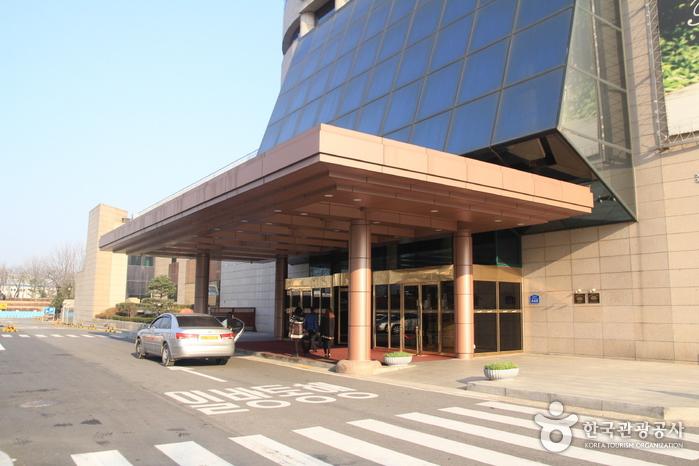 Seoul Olympic Parktel (서울올림픽파크텔)