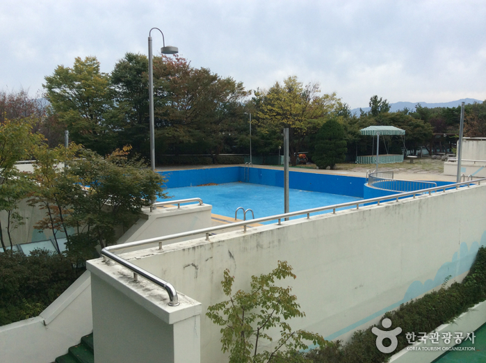 지리산 중앙하이츠콘도 수영장(실외)