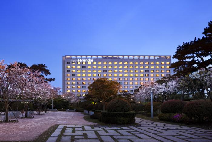 Hotel Hyundai (Ulsan) (호텔현대 (울산))