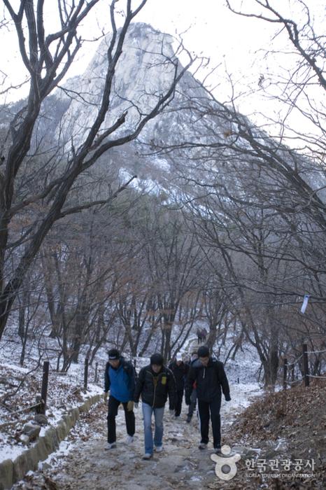 北漢山國立公園(道峰地區)북한산국립공원(도봉 지구)