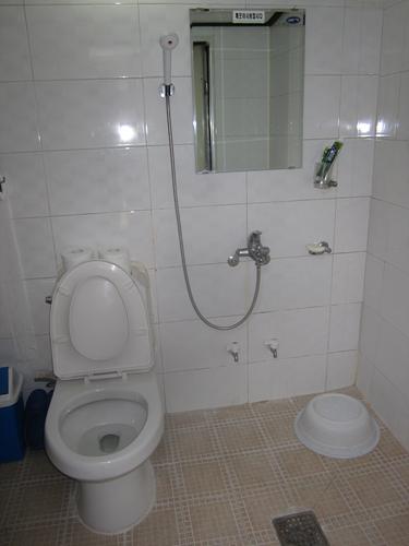 korean toilet trash taebaek traditional korean guesthouse