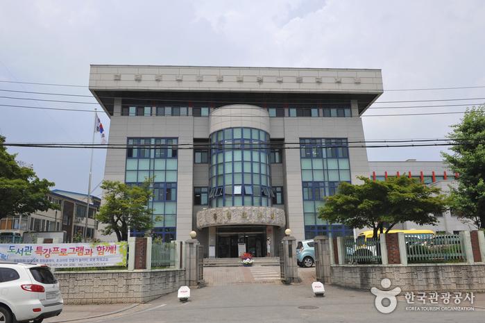 홍천교육도서관