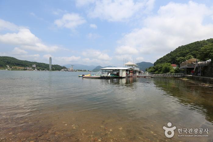 春川湖(춘천호)