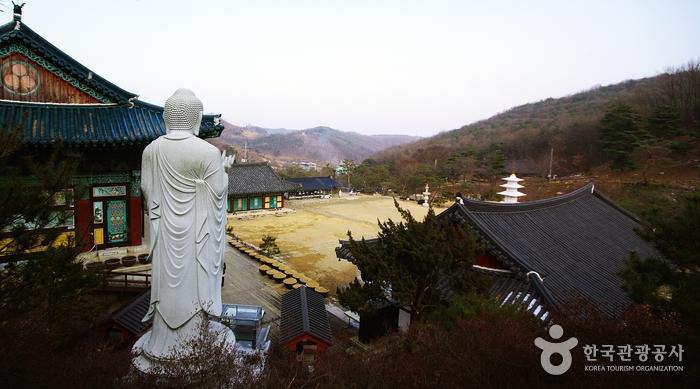Yeongpyeongsa Temple (영평사)