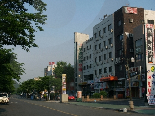 Bugok Hot Springs Special Tourist Zone (부곡온천 관광특구)