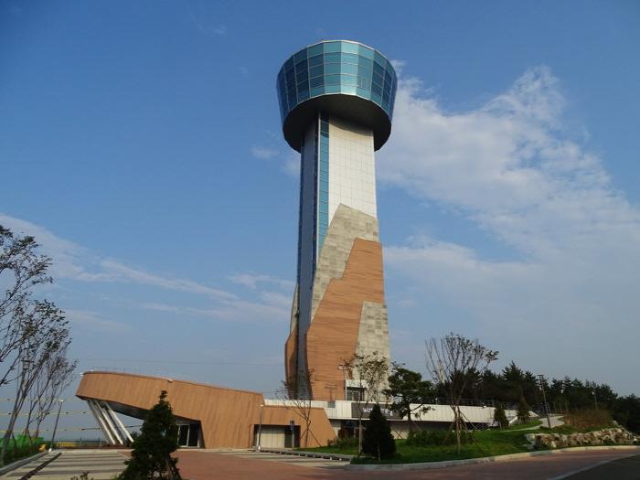 Ulsandaegyo Observatory (울산대교 전망대)