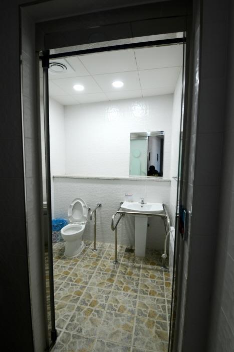 신두리사구센터 내 장애인화장실