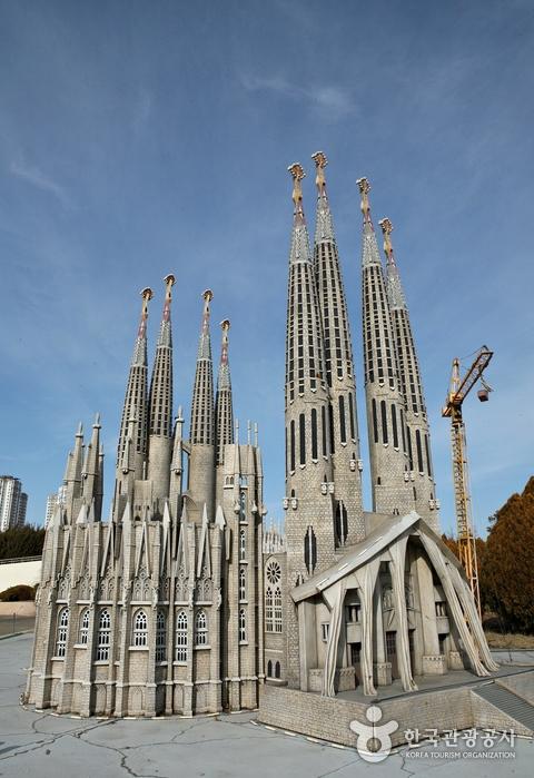 스페인 사그라다 파밀리아 성당