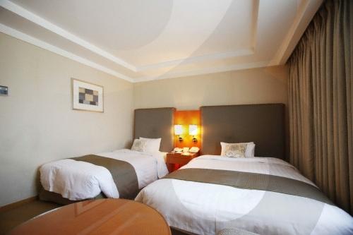 Seoul Royal Hotel (서울 로얄호텔)