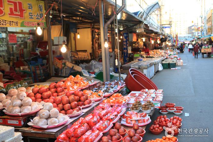 Jukdo-Markt (포항 죽도시장)