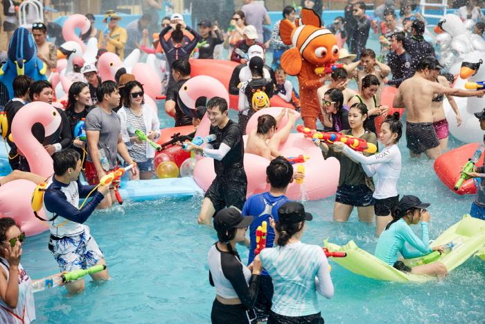 Busan Sea Festival (부산 바다축제)