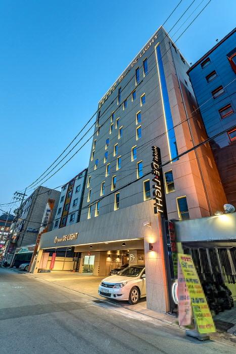 딜라이트 호텔 (HOTEL DELIGHT)