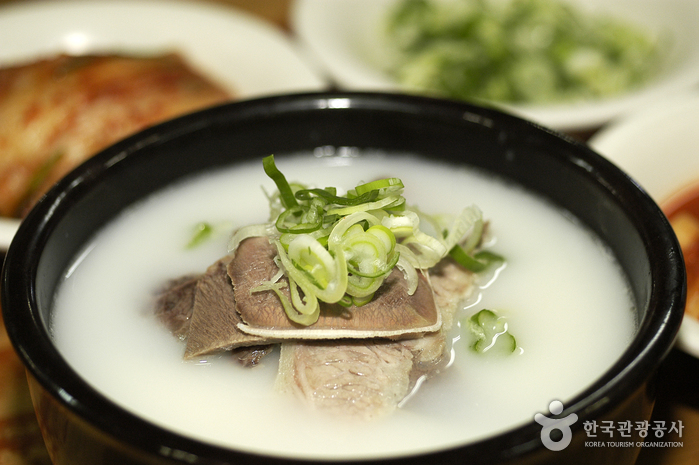Imun Seolnongtang (이문설농탕)