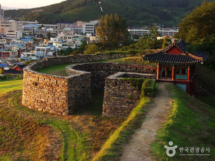 Gochangeupseong Fortress (고창읍성)