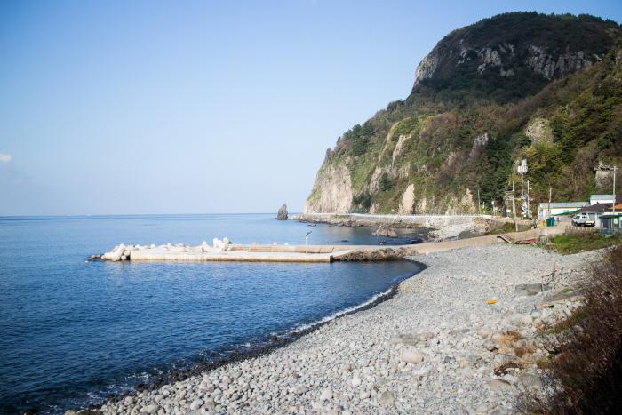 Jugam Mongdol (Pebble) Beach (죽암몽돌해수욕장)