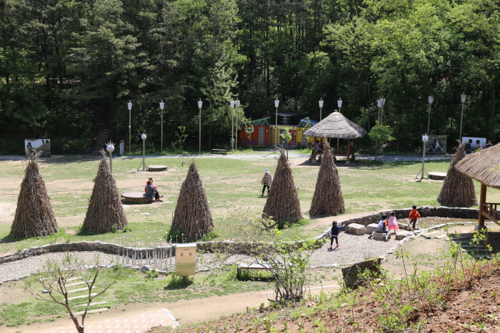 단편소설 소나기배경을 재현한 황순원문학촌 소나기마을