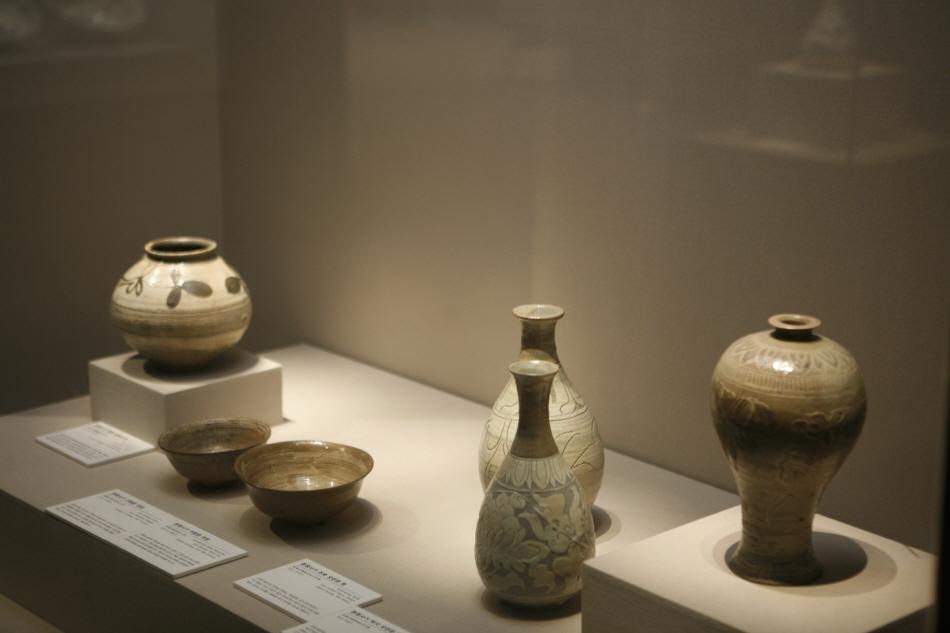 인천 일대에서 출토된 유물을 전시하는 인천시립박물관