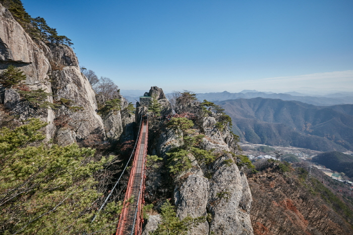 Daedunsan Provincial Park (Jeonbuk Section) (대둔산도립공원(전북))
