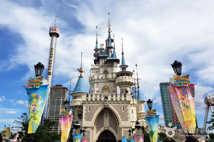 Lotte World (롯데월드) | Official Korea Tourism Organization