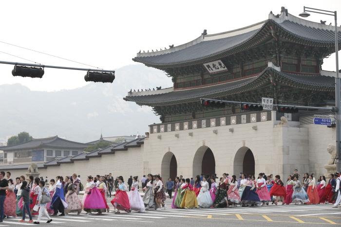 鍾路韓服祭り(종로한복축제)