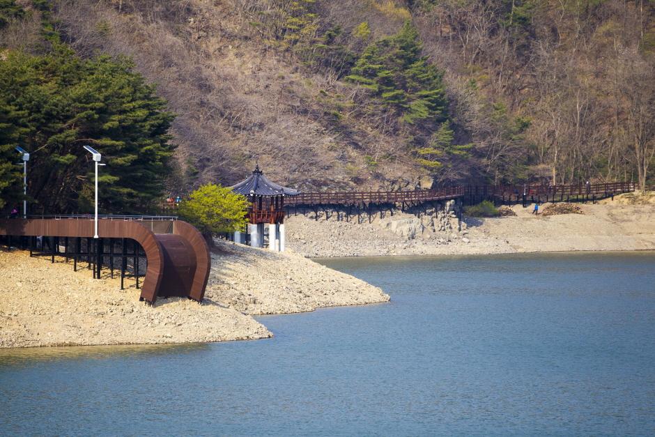 송정 박상진호수공원
