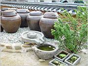 Jeonju Hanok Living Experience Center (Saehwa-gwan) (-)