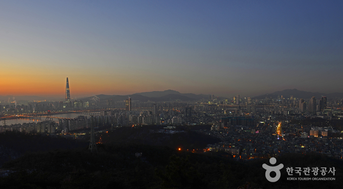 Achasan Mountain (아차산)