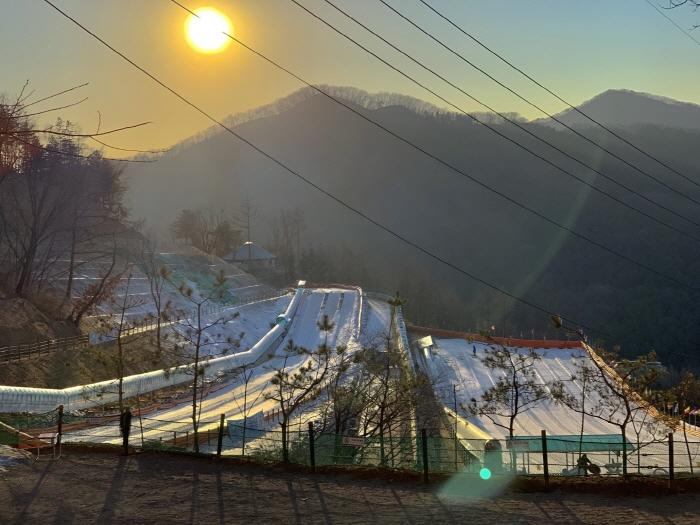 Yangju Snow Festival (양주 눈꽃축제)