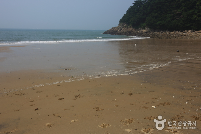 큰풀안 해변