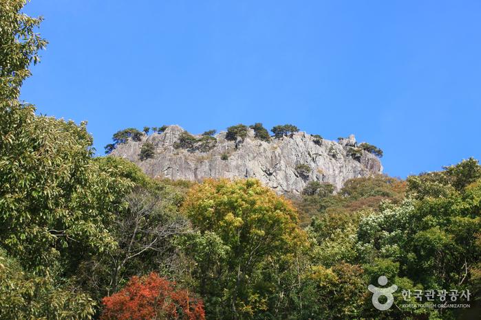 Seoraebong Peak (서래봉)