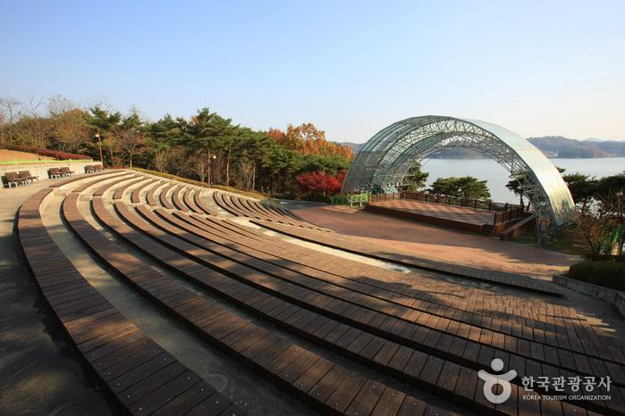Muhancheon Stream (Yedang Reservoir)