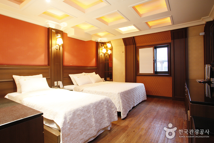 Hotel Benhur (호텔 벤허)