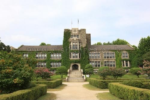 ソウル 延世大学校 アンダーウッド館(서울 연세대학교 언더우드관)