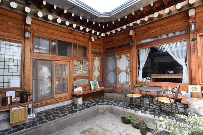 Dajayon Guest House [Korea Quality] / 다자연한옥스테이 [한국관광 품질인증]