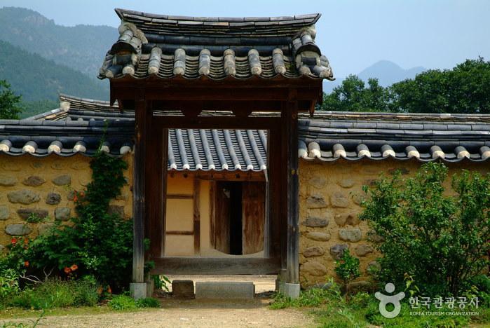 Seon Byeong-guk House (선병국가옥)