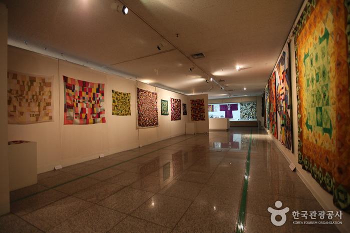 Chojun-Museum für Textil- und Quiltkunst (초전섬유 퀼트박물관)
