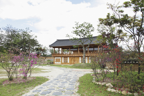 Traditional Liquor Museum Sansawon (전통술박물관 산사원)