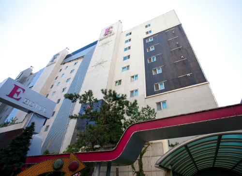 Life Style E Hotel - Goodstay (라이프스타일 E호텔 [우수숙박시설 굿스테이])