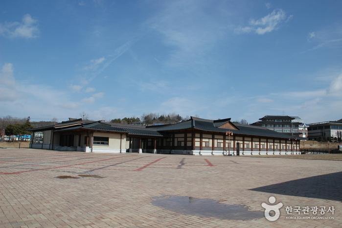 定林寺址博物館(정림사지박물관)
