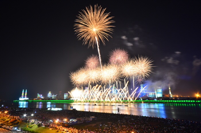 Internationales Feuerwerkfestival Pohang (포항국제불빛축제)