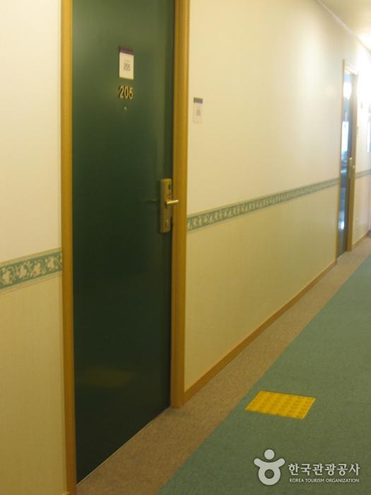 東横インホテル(釜山西面)(토요코인호텔(부산서면))