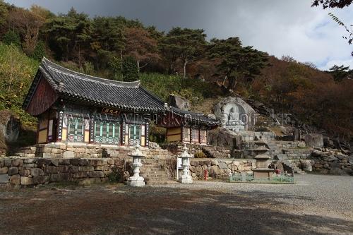 万魚寺(만어사)