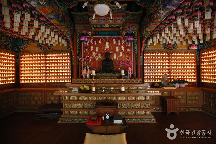 Jeungsimsa Temple (증심사)