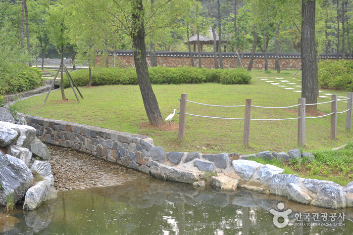 Wolmi Traditional Park (월미공원)